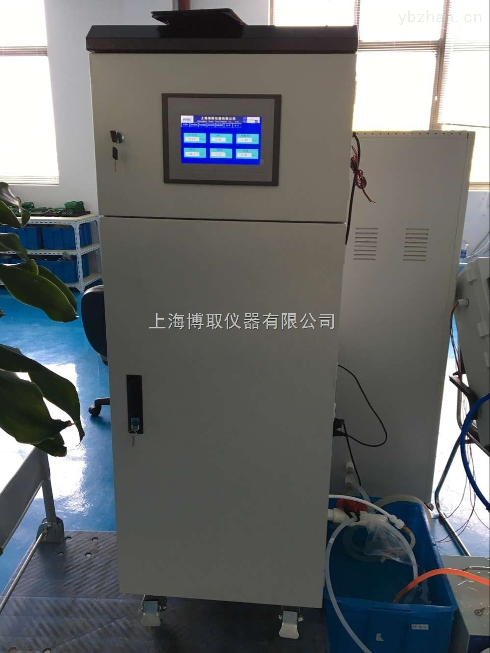 浙江衢州在线多参数水质分析仪测PH、浊度、余氯、压力