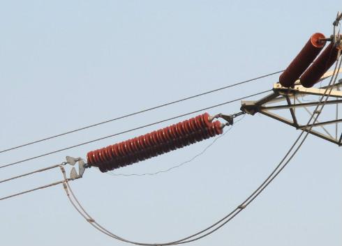 特高压交流线路新型绝缘子串关键技术研究获突破