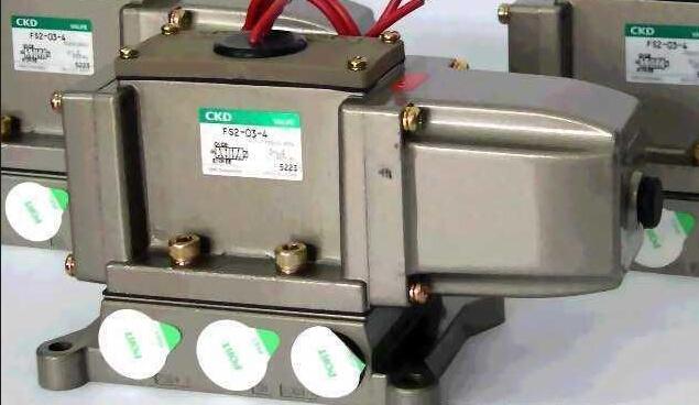 一个行程开关控制电磁阀接线图