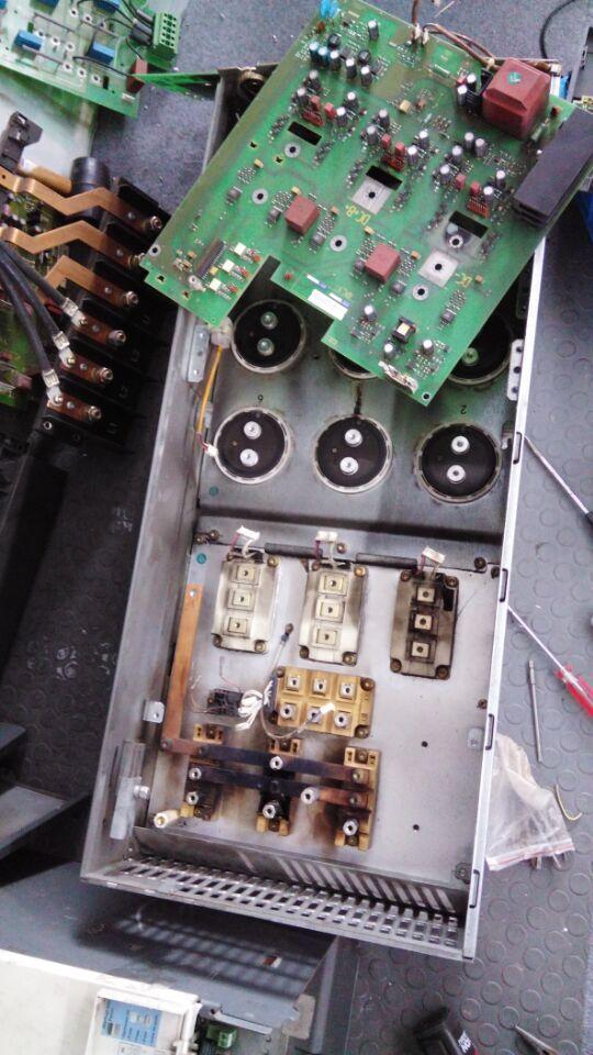 上海西门子mm440变频器报故障f0001过流维修