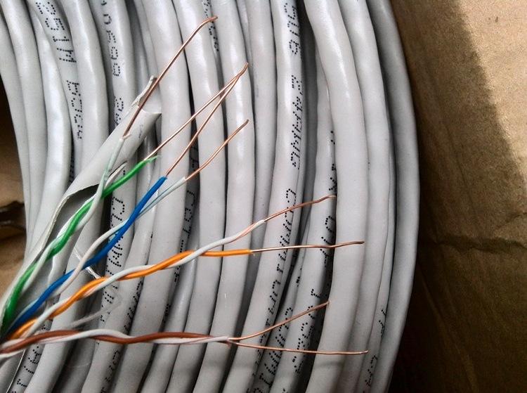 厂家生产:OPGW,ADSS电力光缆,MGTSV矿用光缆,硅橡胶电缆、室内外光缆、     太阳能光伏电缆、SYV系列线缆、RVV、RVVP系列线缆、HYA大对数电缆、   MHYA矿用大对数电缆、MVV矿用电缆、控制电缆、光电复合缆、综合布线
